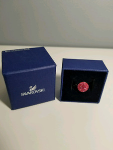 New Swarovski Pink Crystals Ring