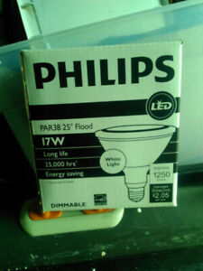 Phillips Par 38 LED Bulb 17watt