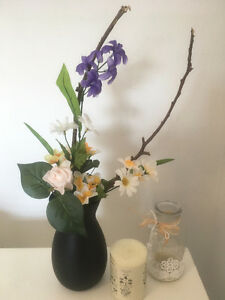 Vase -flower arrangement