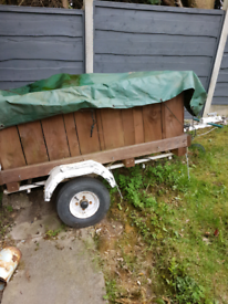 Small towing trailer