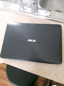 Laptop asus i3 flambant neuf