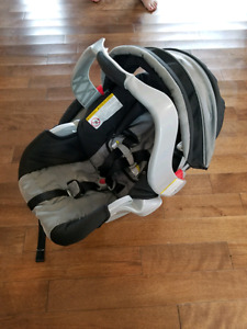 Graco Classic Connect 22 infant car seat NO BASE