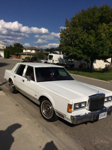 Lincoln Town Car for sale!