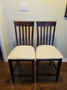 2 bar height dinning or kitchen chairs