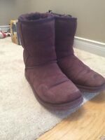 Authentic uggs size 6