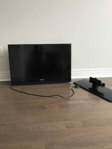 "Samsung 37"" tv with stand and full motion wall mount"