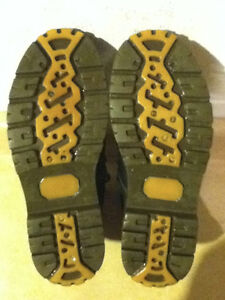 Women's Arctic Trail Waterproof Hiking Boots Size 7 London Ontario image 4