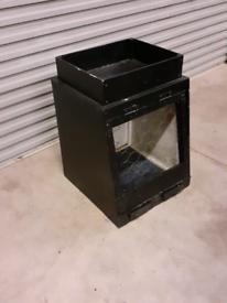 Dog box for vehicle