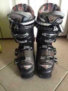Nordica youth ski boot size 25.0-25.5 Kitchener / Waterloo Kitchener Area image 3