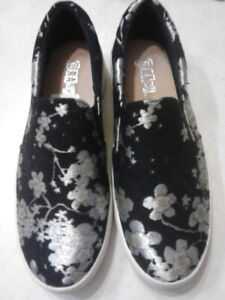 Spring/summer woman's shoes.
