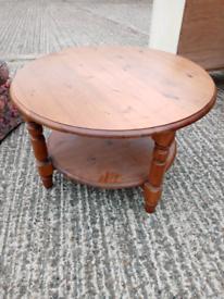 Pine circle coffee table