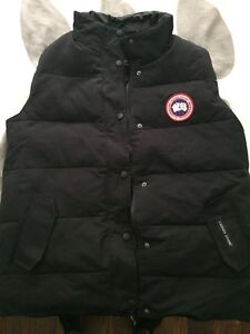 Canada Goose langford parka online shop - Canada Goose Vest Medium   Buy & Sell Items, Tickets or Tech in ...