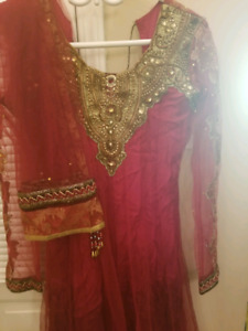 Pakistani Shalwar Kameez - dress
