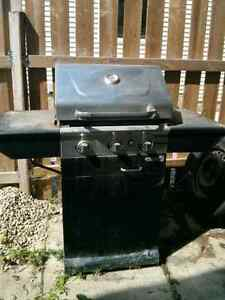 Gas BBQ ** MUST SELL**