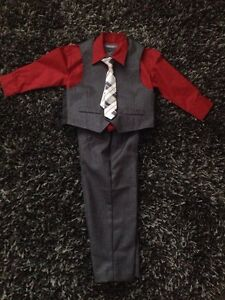 """Kenneth Cole"" Size 2 Brand New 4pc Suit"