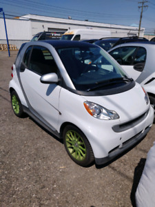 2014 Smart ForTwo Pure. Low mileage - 27k