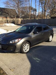 2012 Mazda 3 GX 5-speed Manual