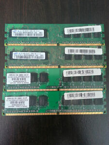 4 x 1GB DDR2 RAM Sticks