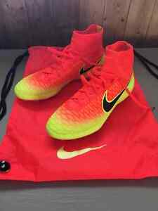 Nike Artificial Grass Soccer Cleats