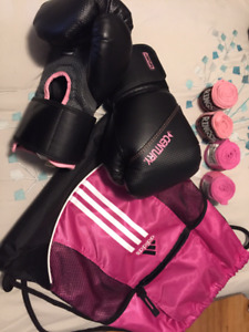 10oz Boxing Gloves and Accessories