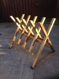 Saw horse (chainsaw, firewood, trees, pallets)