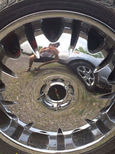 22 inch rims and tires in good shape Cambridge Kitchener Area image 2