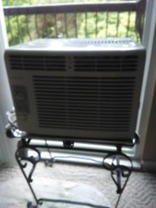 FRIDGAIRE AIR CONDITIONER
