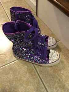 CP size 3 high fashion sneaker 2 pairs