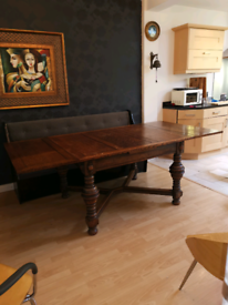 Dinning table solid oak extendable
