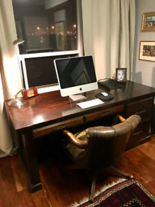 NEW PICTURES - Grand vintage office desk