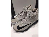 Air max audacity basketball shoes