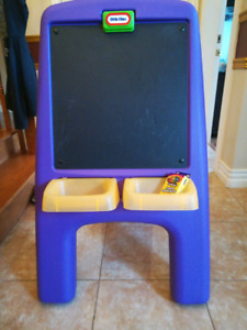 Little tikes chalkboard&easel + 20lb of paper with art supplies