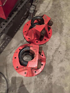 WANTED: 9 BOLT CLAMP ON AXLE  HUBS ALLIS CHALMERS