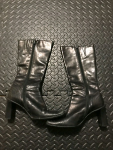 Used nine west boots