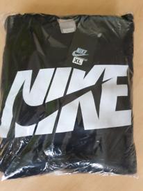 Nike xl tracksuit