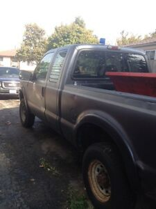 2004 Ford F250 with PLOW London Ontario image 3