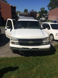2006 chevy silverado 1500 4.8 litre runs well $3250