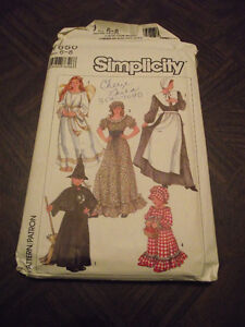 1986 Simplicity Sewing Costumes Uncut