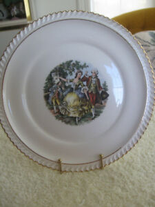 OLD VINTAGE DECORATIVE AMERICAN-MADE CHINA PLATE