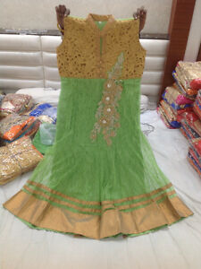 INDIAN CLOTHINGS BOTH READYMADE AND UNSTITCH AT ARYAN FASHIONS 1