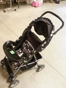 Quick Fold Lightweight STROLLERS compact! with Food tray