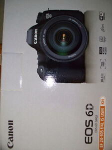 Canon EOS 6D digital CAMERA with lens Stratford Kitchener Area image 1