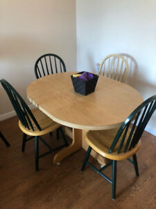 Moving Sale- Dining/Kitchen Table and 4 Chairs