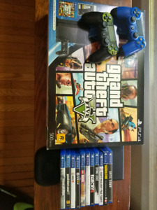 PS4 GTA5/THE LAST OF US BUNDLE - 2 CONTROLLERS & 11 GAMES