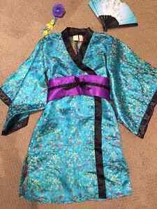 Girl's Halloween Costume - Geisha Girl - size 7-8 EUC