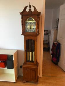 Horloge Grand-Père  -----  Grandfather clock