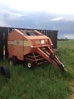 Vicon 4'X 5' round baler and 4400 swather