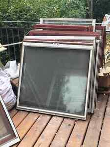 8 Fenêtres aluminium excellente condition