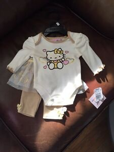 Hello Kitty  Outfit  *Newborn.
