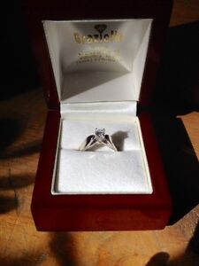 18KT White Gold Solitaire Engagement Ring